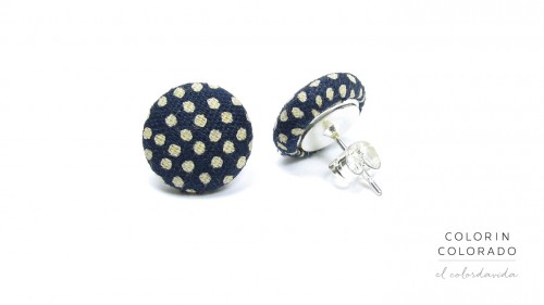 Earrings-with-Grey-Dots-on-Dark-Blue-1
