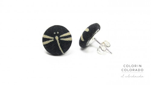 Earrings-with-Grey-Dragonfly-on-Black-1