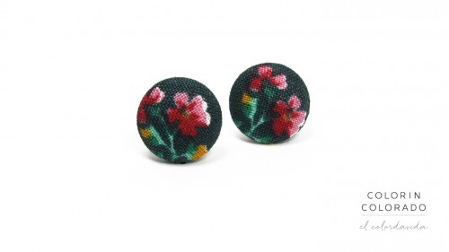 Earrings-with-Pink-Rose-on-Dark-Green-1
