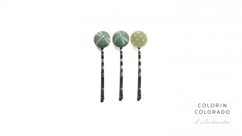 HP3-GXN-S137B-DR Sets of 3 Pins with white dragonfly on green