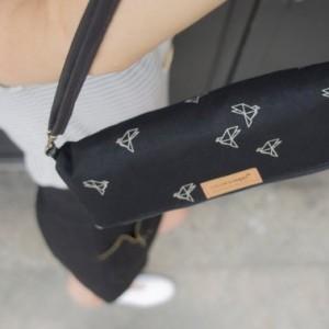 Handtasche Origami Papiervögel schwarz erste Seite