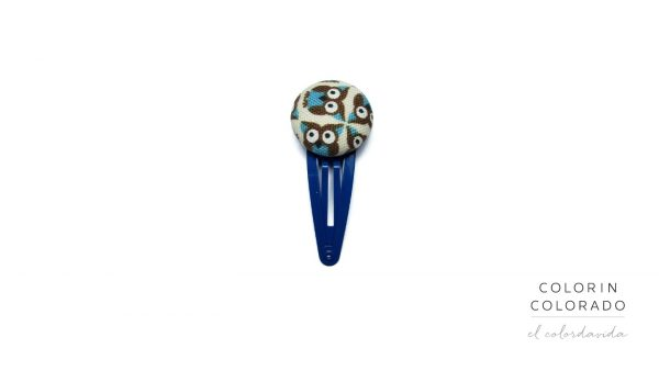 Medium Hair Clip with Blue Owl on White