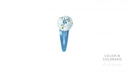 Medium Hair Clip with Light Blue Rose on White