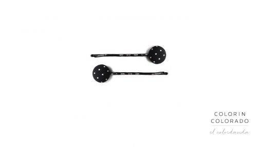 Set of 2 Pins with White Dots on Black