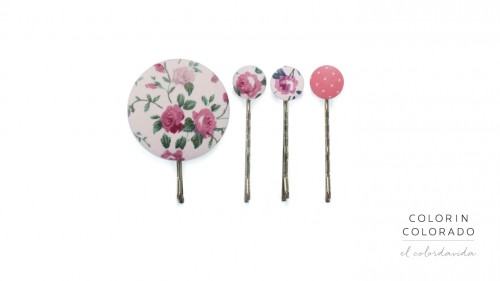 Set of 4 Pins with Pink Flowers on White