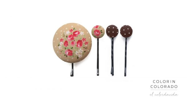 Set of 4 Pins with Pink Rose White Dots on Grey