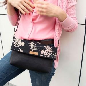handtasche schwarz kork kirschblüten detail2